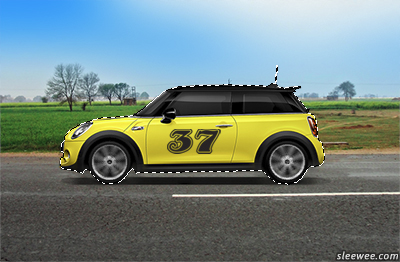 Car outlined with the Polygonal Lasso Tool